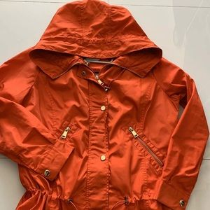 BEBE nylon windbreaker/ red with gold details/ M